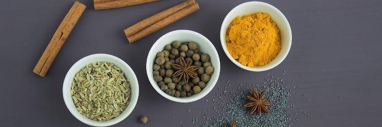 Aardappel-bloemkool curry