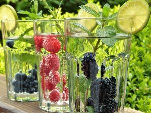 water drinken tijdens de warmte